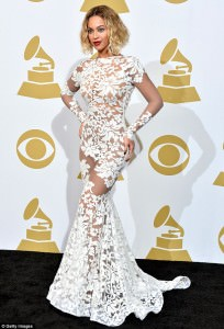 Beyonce showed off her bootlicious figure at the Grammys